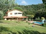 Attractive holiday house for 8 persons, with swimming pool , in Costa Etrusca