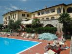 Attractive apartment for 2 persons, with swimming pool , in Padenghe sul Garda