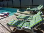 Sunbathing lounges with adjustable angles