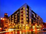 BOOK ONLINE! Outstanding Pearl District Location! Best Local Shopping & Dining STAY ALFRED EN2