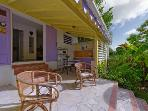 Charming caribbean style cottage