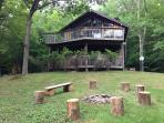 Charming Chalet, Fire Pit, The Perfect Getaway