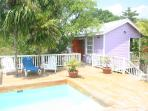 Weezie's Purple cottage 1 bedroom w swimming pool