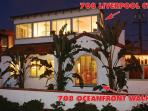 Perfect 5 Bedroom House, Ocean Front with beautiful  view and a large patio