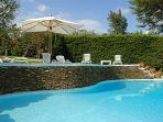 A quiet, airy villa within walking distance to the Cannes- Mougins golf course. AZR 066