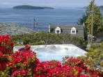 Blue Waters Cottage - Hot Tub, Million $ View!
