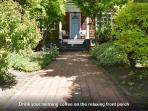 Queen Anne 3 bed near everything