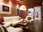 Wonderful apartment with charm in Gracia center