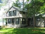 Waterfront Sleeps 8 and Allows Pets (BEN38Wlr)