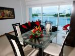 Spectacular spacious 2 Bedrooms in a excellent loc
