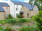 GREEN MEADOW, fantastic on-site facilities including swimming pool, easy access to Lakes and Dales, luxuriously appointed, near Kirkby Lonsdale Ref. 25209