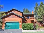 Grizzly Bear Lodge - Fenced Yard! Spa! Game Room!