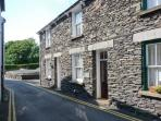 PARTRIDGE HOLME, cottage close to Lake Windermere, parking permit provided, ideal touring base, Bowness Ref 6026