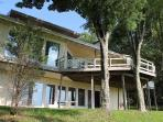 GORGEOUS HOME ON 5 PRIVATE ACRES. SLEEPS 15. VIEW!