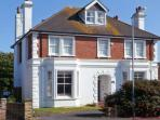 MARLAND HOUSE family-friendly, open fires, near to beach in Seaford Ref 26202