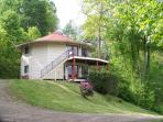 NC Mountain Rental Round House- 2 bedroom