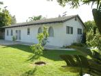 Large 2 bedroom house with pool