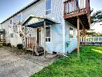 Oceanview, pet-friendly home with hot tub, close to beach
