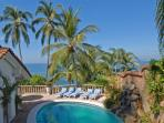 PVR - MAR4 Days of lounging by the pool and tropical landscape in the romantic PVR