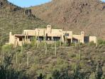 Tucson Mountain Hilltop Views!