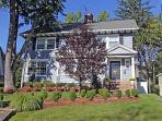 Super Bowl In Style - 5 bedroom house sleeps 9! 9 miles from stadium!