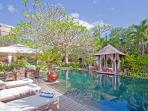 Arwana, Luxury 3/4 Bed Villa, 10 min to Seminyak