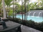 ~~~pool home steps from wilton dr, pet friendly~~~