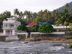 River's Edge Luxury Riverside Villa, Athirappilly