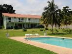 PARADISE PMM - 128104 - LOVINGLY RENOVATED 4 BED   OCEANFRONT VILLAS WITH POOL - OCHO RIOS