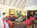 Tremendous 4 Bedroom Villa with Large Swimming Pool in Round Hill