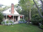 Charming Cape Cod - Eastham Home - walk to Beach!