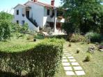 Beautiful and peaceful apartment Lino for 4 persons close to Labin