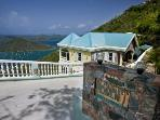Scenic 3 Bedroom Hillside Villa in Coral Bay