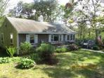 IVY Cottage - 3 Bedroom, Secluded and Comfortable