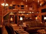 Beautiful Log Lodge (rates based on 6 guest)