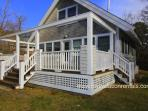 BIRGG - Hideaway Cottage - Quiet location yet close to town, Large Deck, WiFi