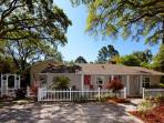 Beautiful Renovated 5BR/4BA Home with Great Pool 3 Minute Walk to Beach