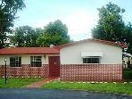 Nice Comfortable Furnished Equipped 4/3 House 3 Mi