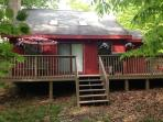 Comfortable Vacation Home With Fireplace! Close To All Amenities!