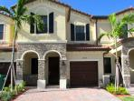 Beautiful, spacious house in Doral