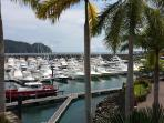 Convenient to Los Suenos Golf Resort & Marina For World Class Fishing, Golfing & Dining.