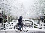 Amsterdam, also a nice place to stay in wintertime
