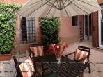 Perfect Trastevere Terrace-Cute-Affordable-Dorotea