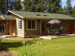 Beautiful 2 bedroom Vacation Cabin in Tollgate
