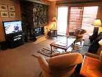 Beautiful 2 BR-2 BA Condo in Aspen (Aspen 2 BR & 2 BA Condo (Lift One - 103 - 2B/2B))