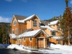 Settlers Creek- Deluxe Condo at Keystone!