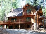 Unique, Secluded, 5-Star, Luxury Log Cabin Retreat