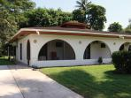 Simple Luxury & Affordable Price! Playa Palo Seco