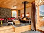 Contemporary luxury chalet Chloe with sauna, mountain views & private chef 2 min to lift station