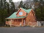 One Bedroom Pigeon Forge Resort Cabin Close to the Pigeon Forge Parkway